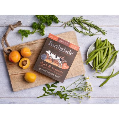 Forthglade Gourmet Grain-Free – Duck & Venison with Green Beans & Apricot