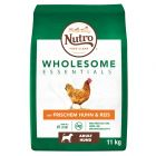 Nutro Dog Wholesome Essentials Adult csirke & rizs