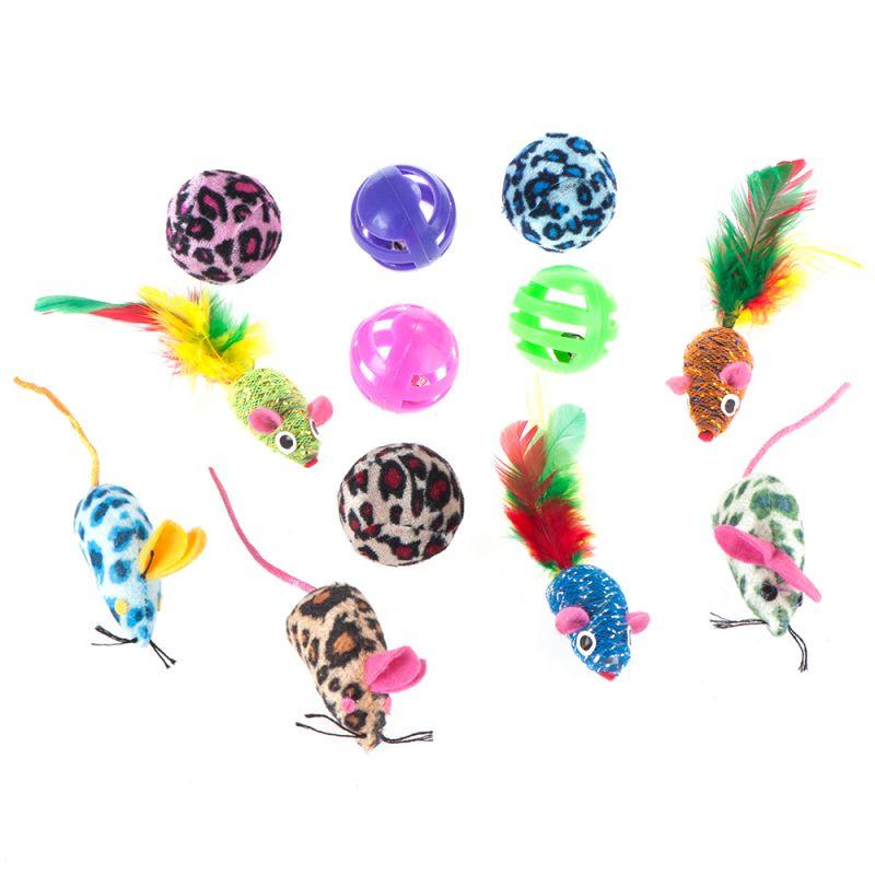 Set de juguetes con pelotas y ratones para gatos
